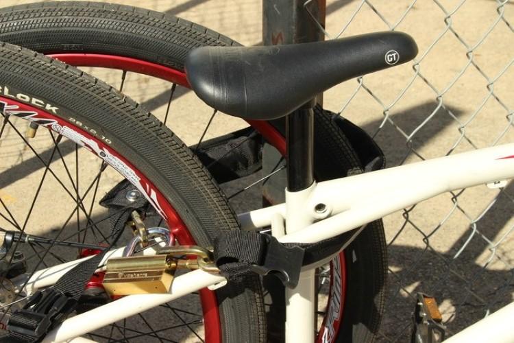 mighty-click-wearable-bike-lock