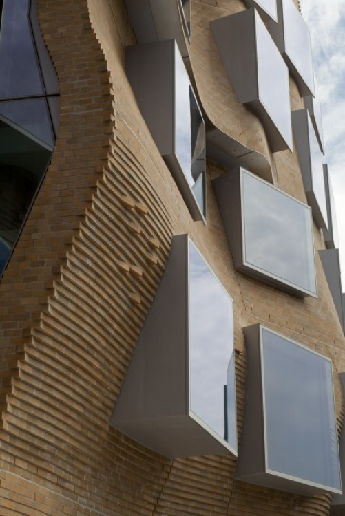 gehry-paper-bag-16