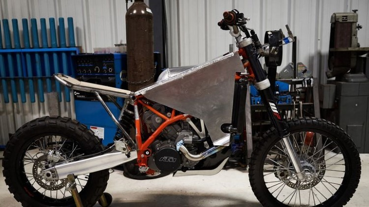 revit-two-wheel-drive-super-enduro-10