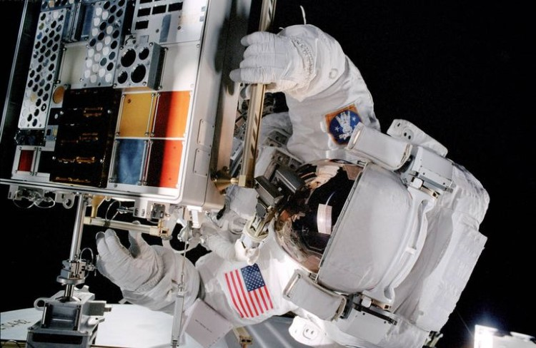 nasa-spacewalk-gallery-3
