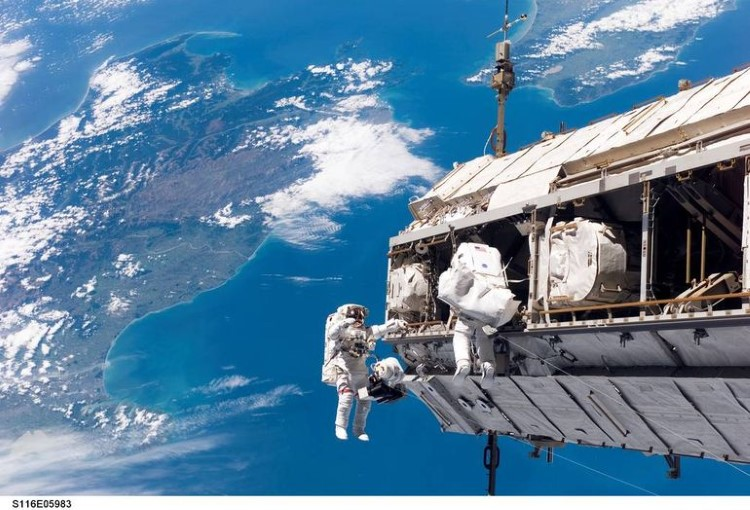 nasa-spacewalk-gallery