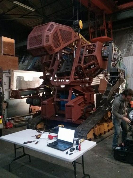megabots-kuratas-suidobashi-america-japan-giant-robot-battle-2