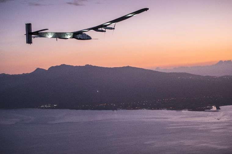 solar-impulse-2-grounded-1