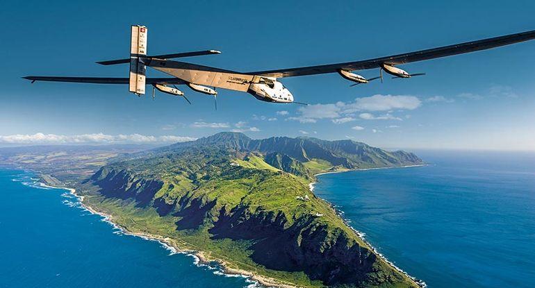 solar-impulse-2-grounded-2