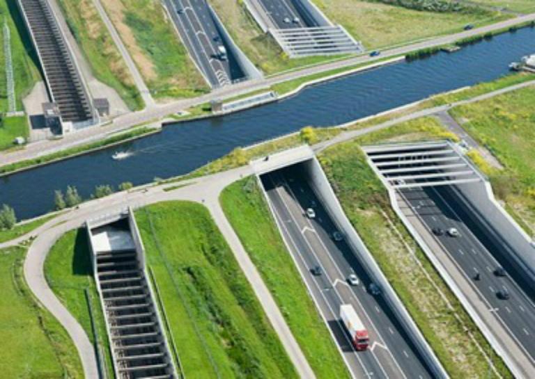 07 Aqueduct Ringvaart Haarlemmermeer, Netherlands