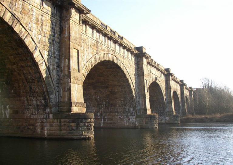 The_Lune_Aqueduct._Halton_-_geograph.org.uk_-_639775