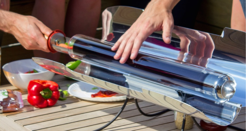 GoSun Grill Is a Solar Oven That Can Cook Even at Night