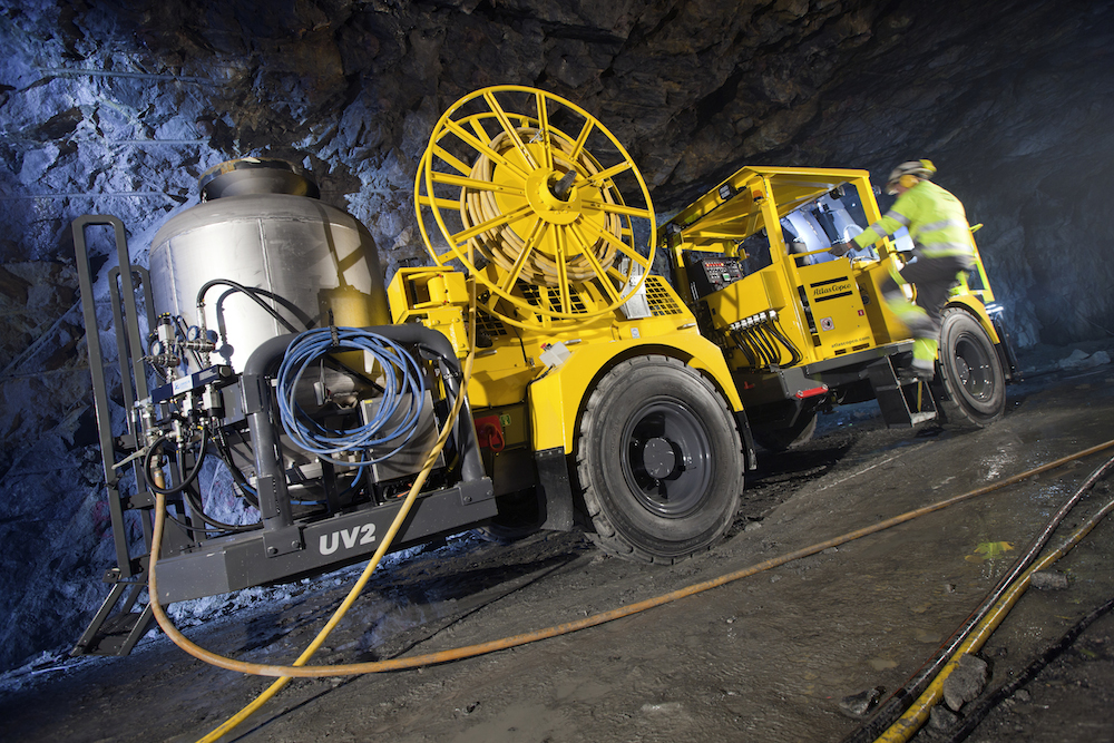 Atlas Copco drilling tunnel