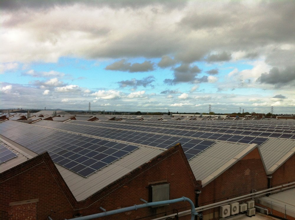 rsz_bentley_motors_rooftop_solar_uk_decc_flickr