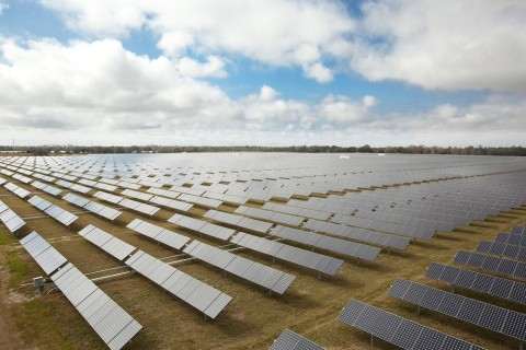 March 25, 2010 - Florida Power & Light Company's DeSoto Next Generation Solar Energy Center, a 25-MW solar power plant featuring high efficiency SunPower solar panels mounted on the SunPowerAE T0 Tracker. (Photo by SunPower Corporation)