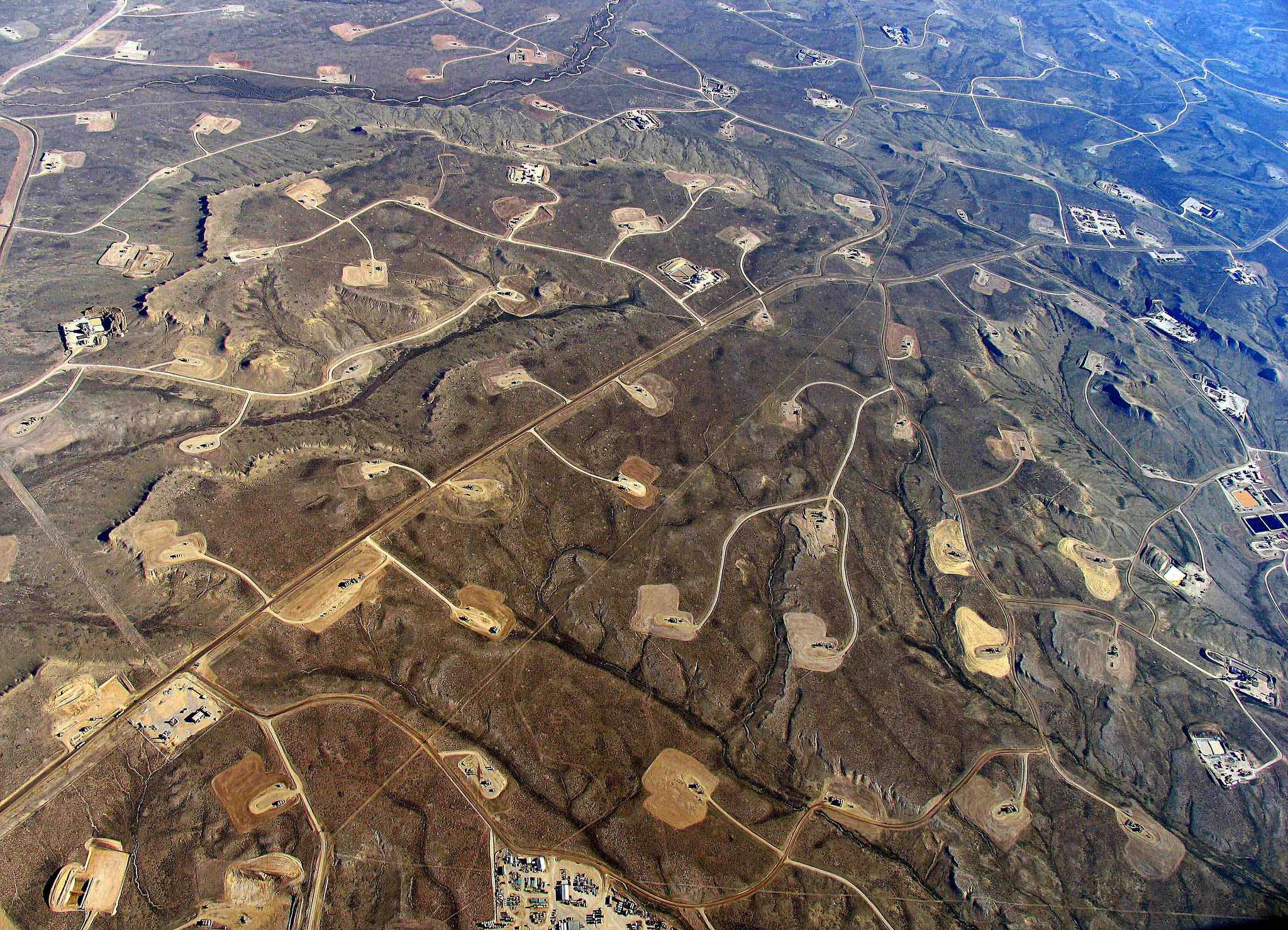 hydraulic fracturing road network fracking