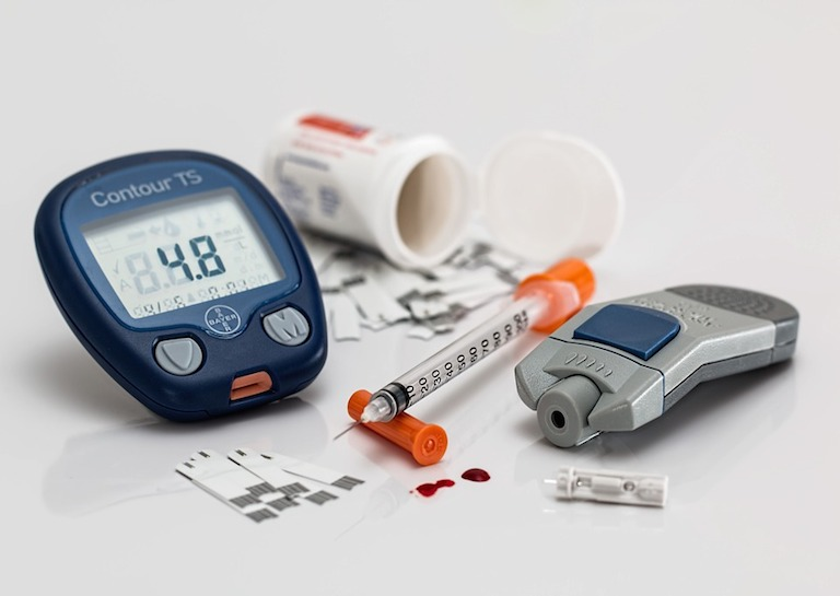 diabetes testing device featured