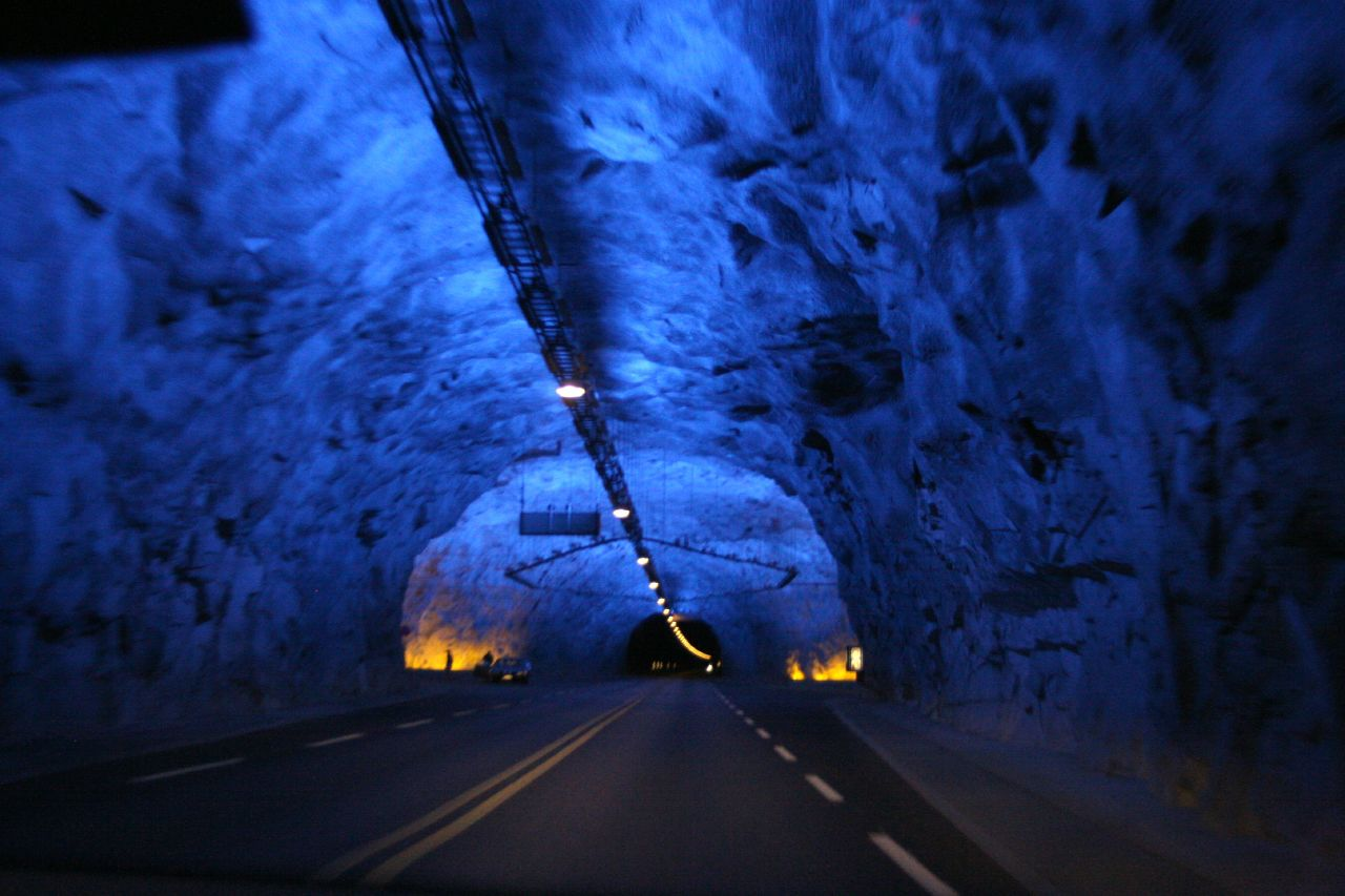 laerdal tunnel longest blue