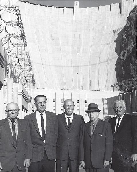 officials on hoover dam construction