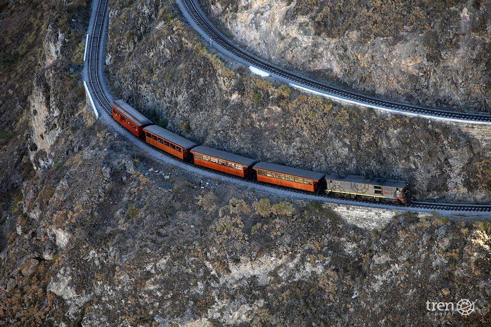 Devil's nose railroad