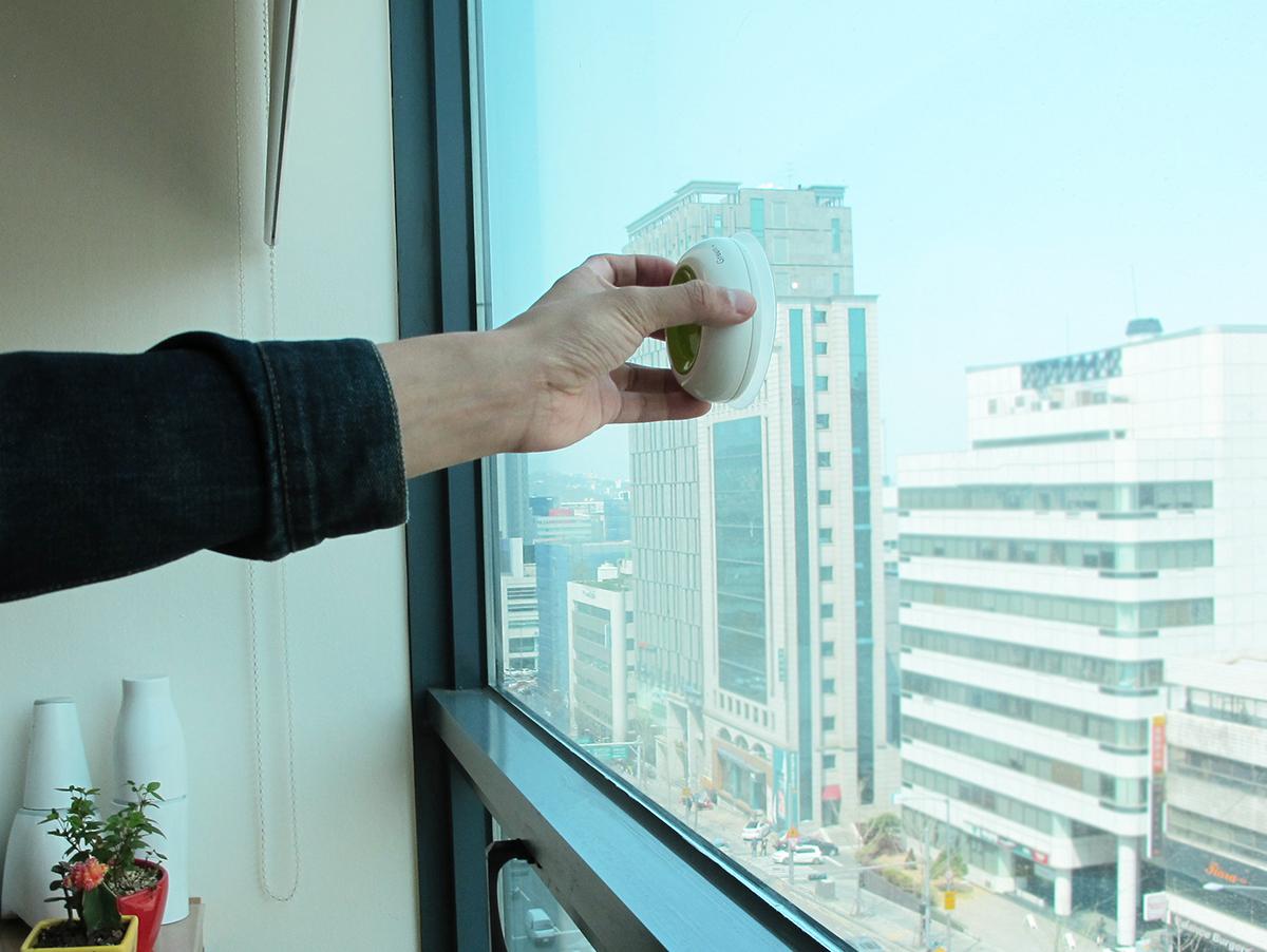 window-socket9