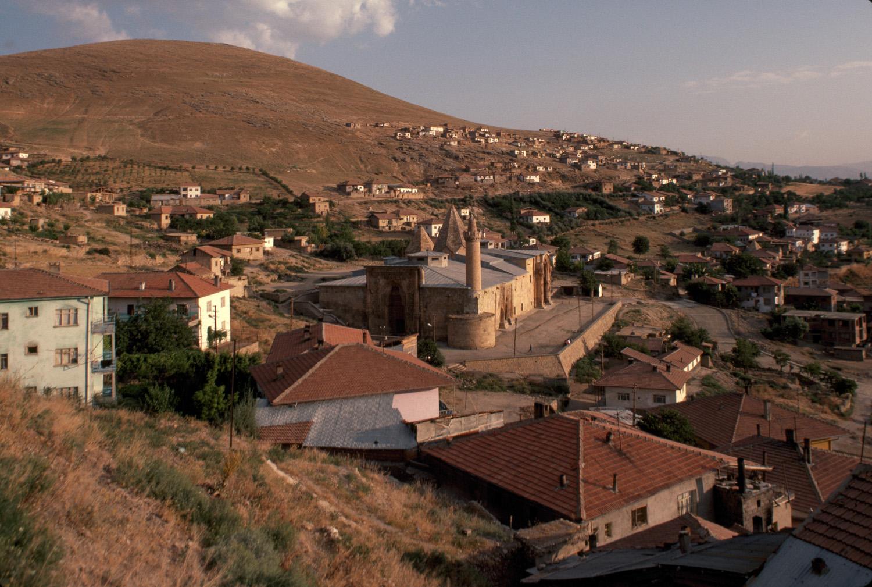 great-mosque-and-hospital-of-divrigi1