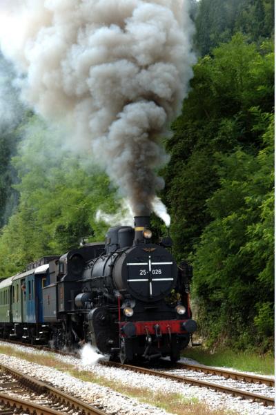 invention of steam engine