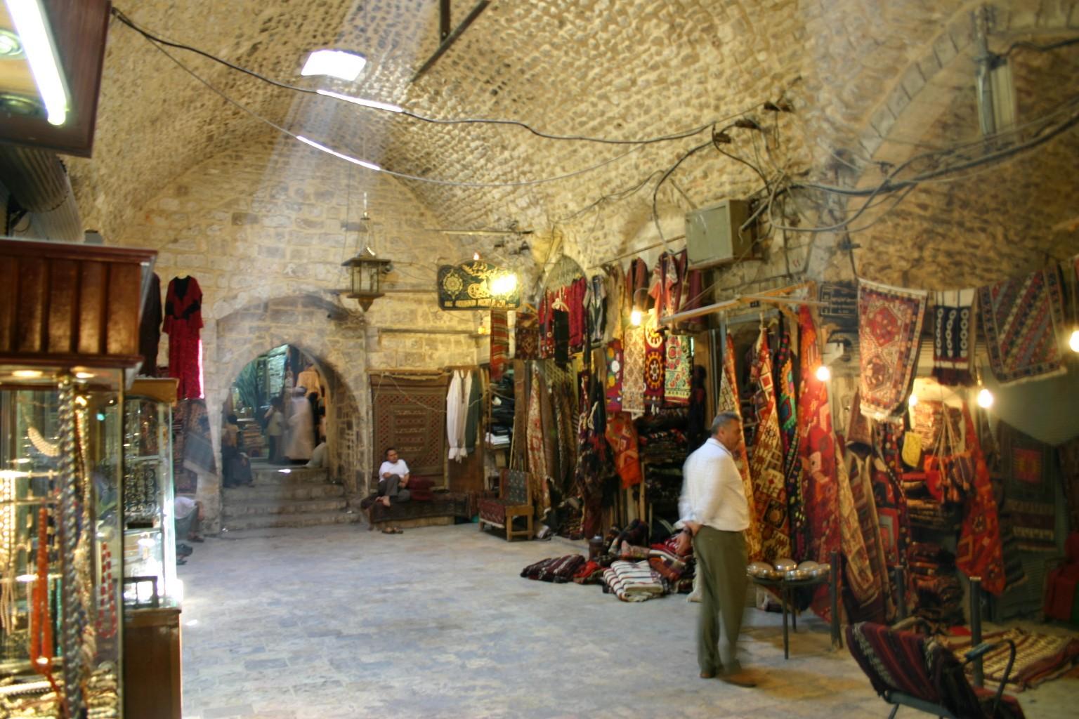 aleppo_textile_suq_market