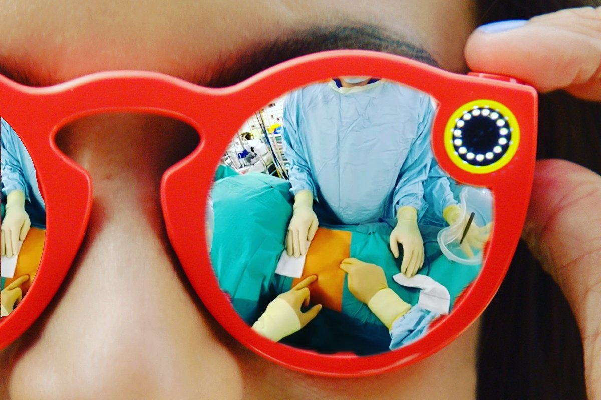 This Surgeon Livestreamed Operations by Using Snapchat's Spectacles