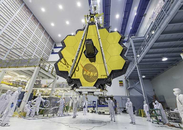 James Webb Telescope being lifted by crane