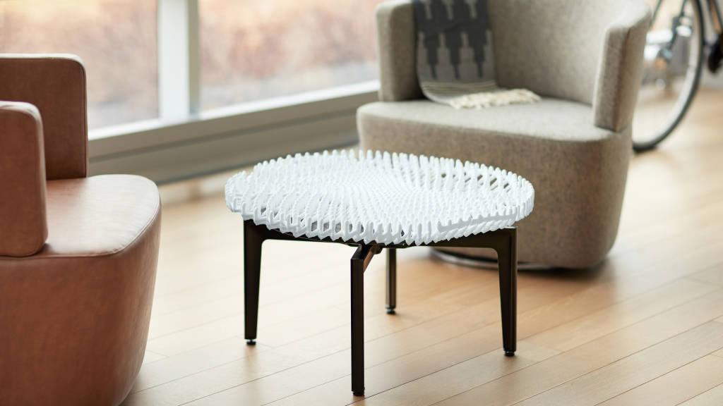Customized table using rapid liquid printing