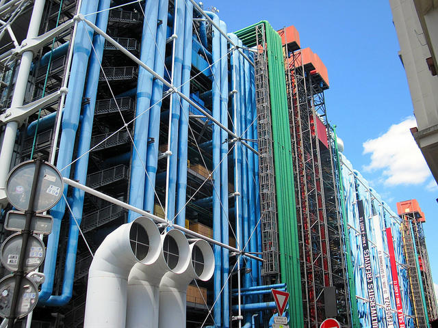 Color coded building services of Centre Pompidou