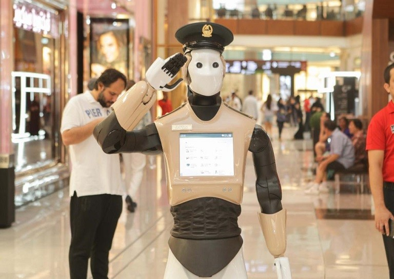 Robot police called Reem saluting at Dubai Mall