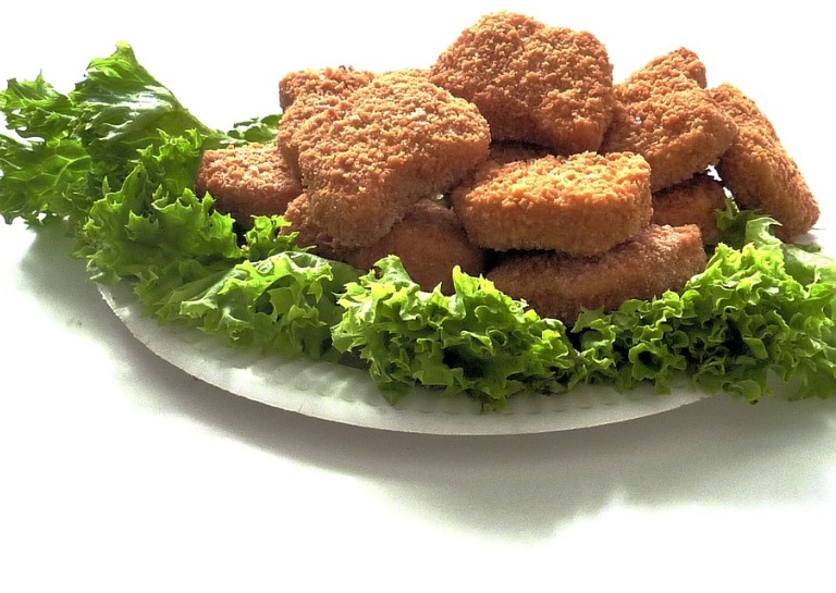 Teen Asking for Free Chicken Nuggets Breaks Record for Most Retweets Ever