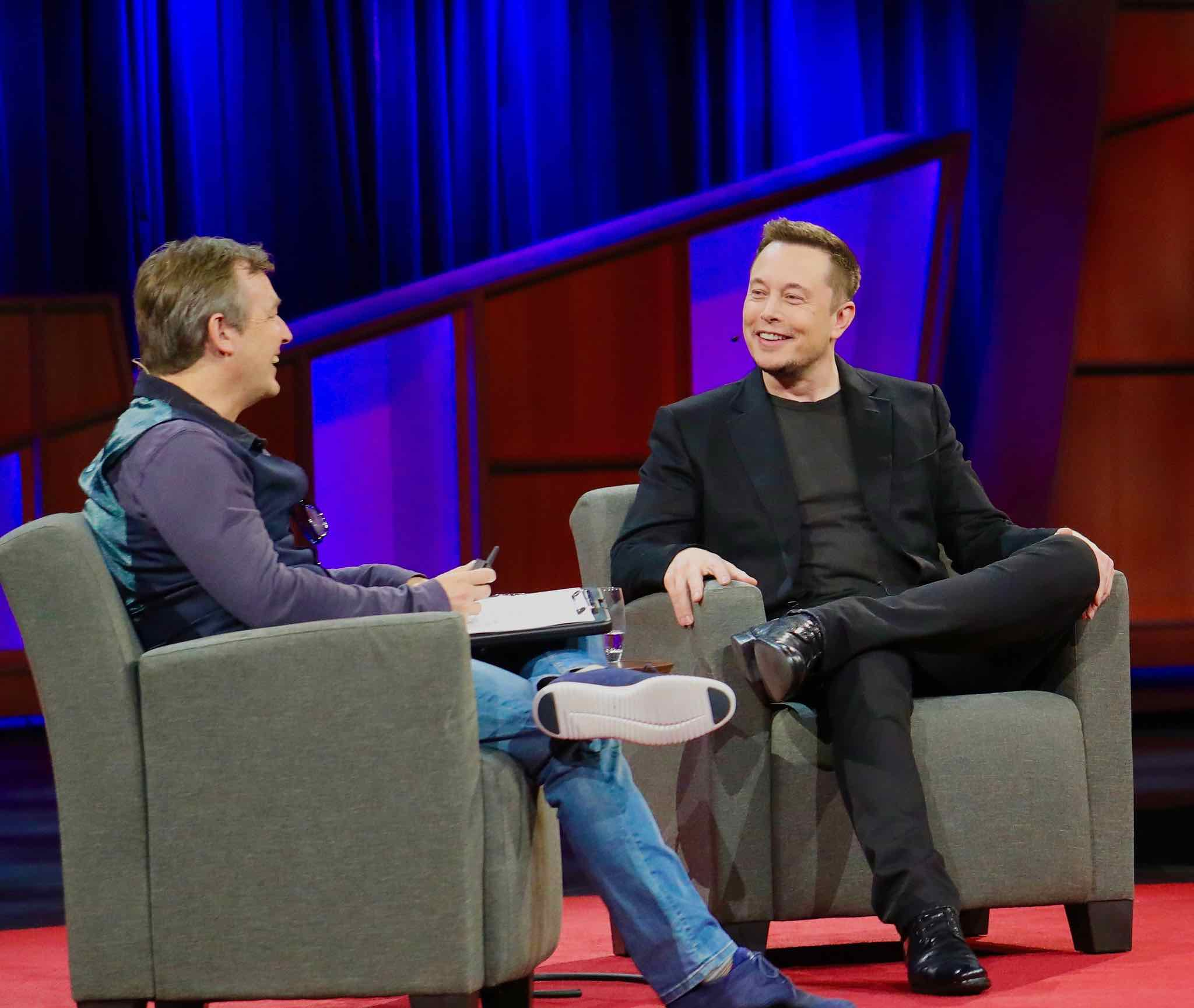 Elon Musk Explains Why He Thinks Flying Cars Are a Really Bad Idea