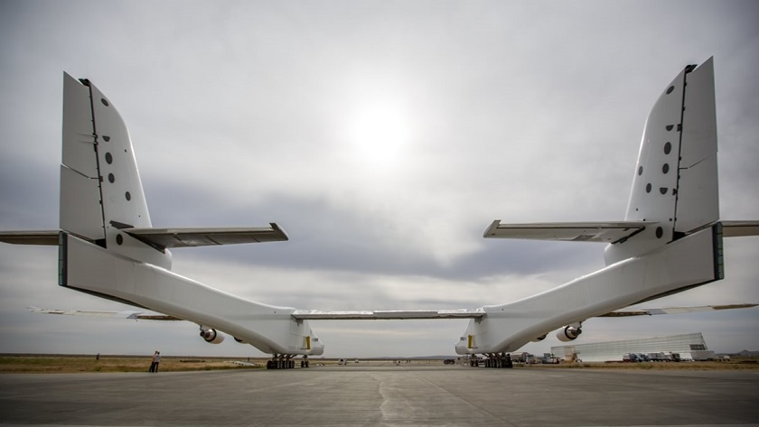 Back view of the stratolaunch aircraft