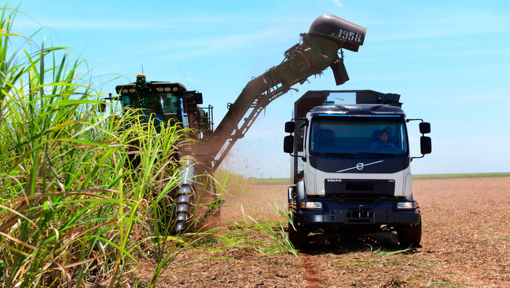 Volvo's Self-Steering Truck Is Revolutionizing The Brazilian Sugarcane Industry