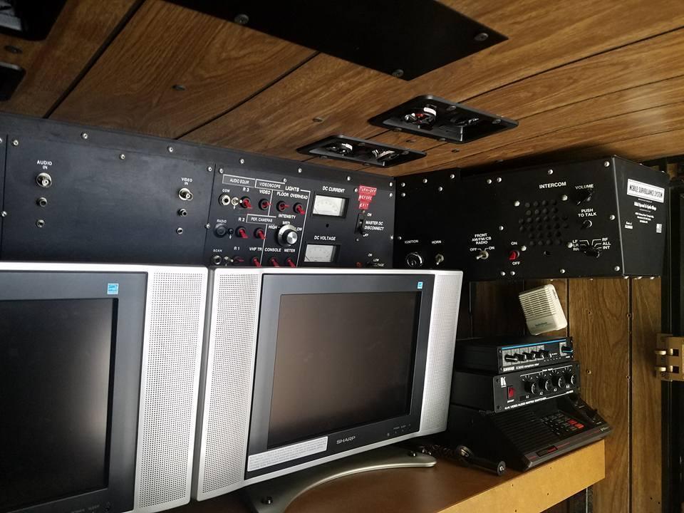 This Vintage FBI Surveillance Van Just Sold for Almost $19,000 on eBay