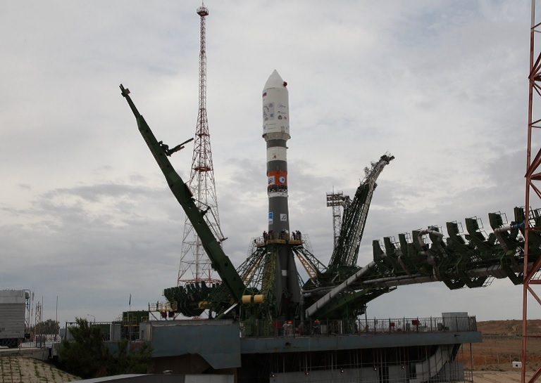 Soyuz-2-1a rocket and Kanopus-V-IK satellite