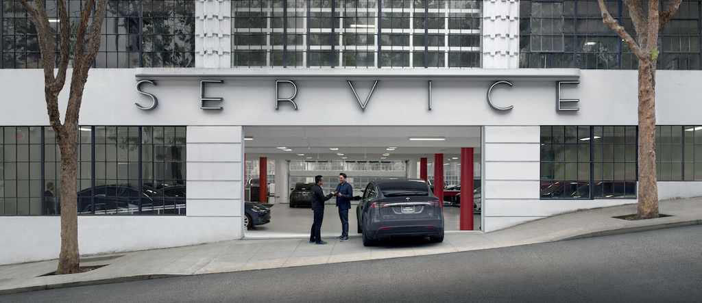 Tesla Plans to Triple Its Service Capacity as Model 3 Deliveries Start