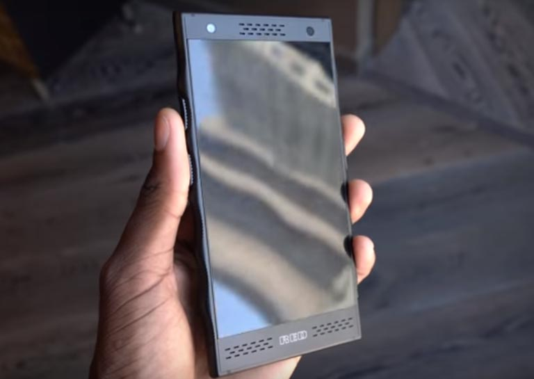 YouTuber Gives Us First Look at RED's $1200 Holographic Smartphone
