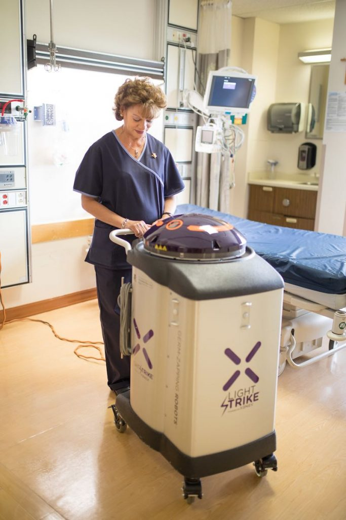 This Germ-Zapping Robot Can Completely Sanitize a Hospital Room Within 10 Minutes