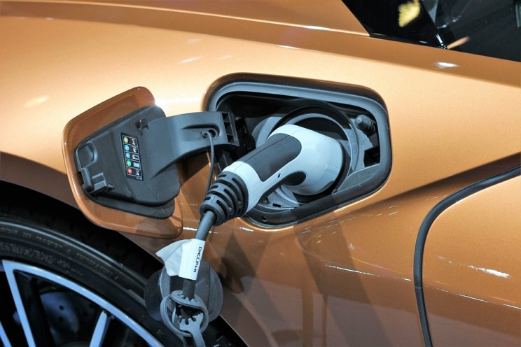 Electric Car Charging Points Could Soon Be Required in All New UK Homes