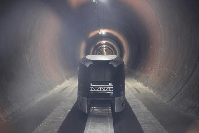 Elon Musk Shares New Video of Hyperloop Pod Hitting Over 200 MPH
