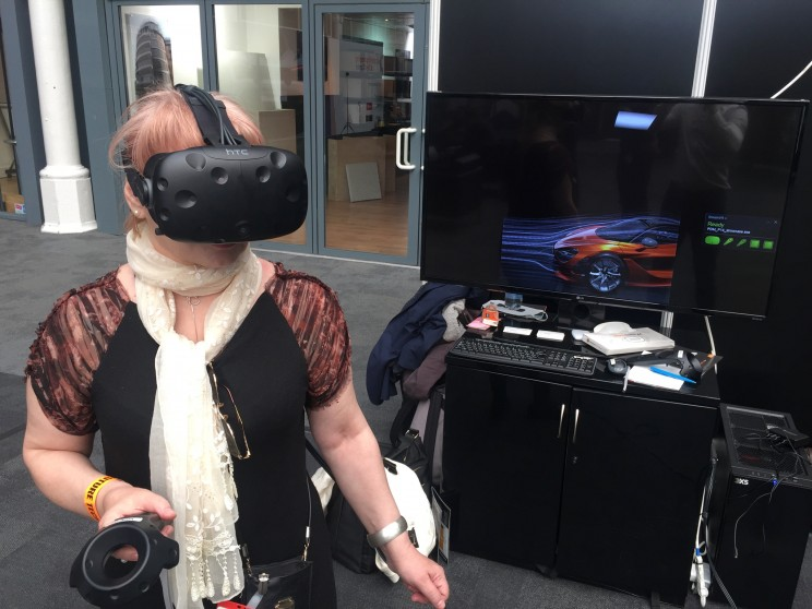 virtual reality for automotive engineering design