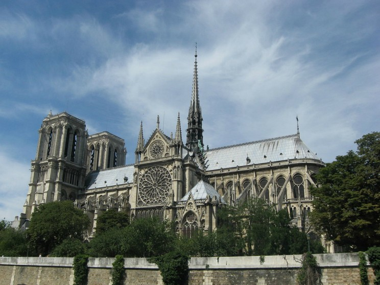 View of Cathedrale Notre-Dame de Paris from the river