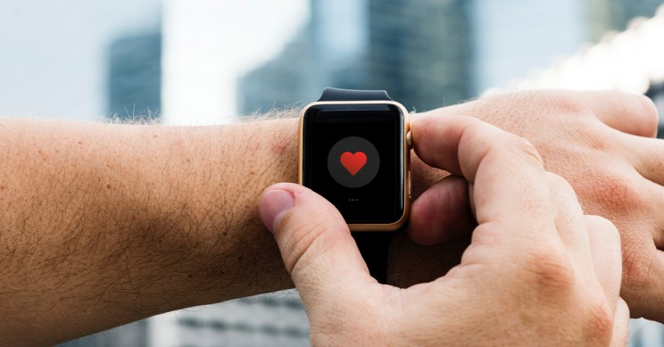 Norwegian Man Claims Apple Watch 'Fall Alert' Saves His Life