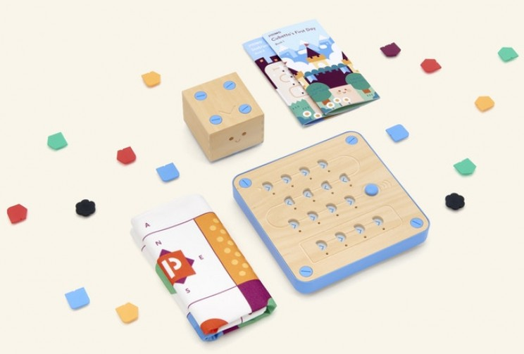 This Interactive Wooden Toy Teaches Kids Coding Without the Use of Screens