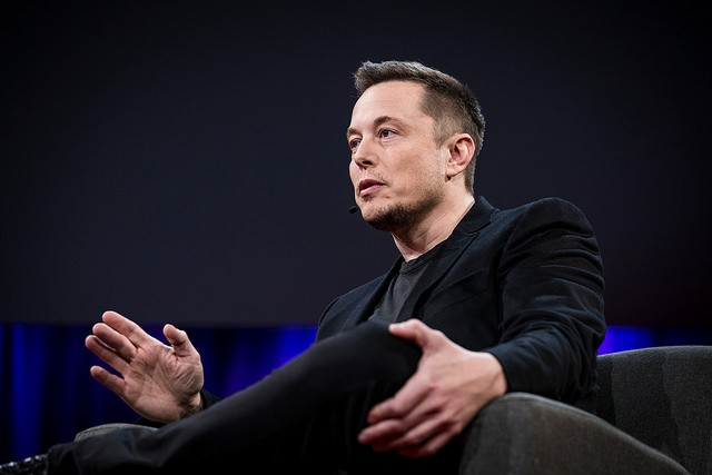 Elon Musk Says He Can End Puerto Rico's Power Crisis with Solar Energy