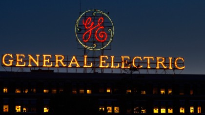 Traditional Energy is Struggling to Keep Up: General Electric Set to Lay Off 12,000 Workers in 2018