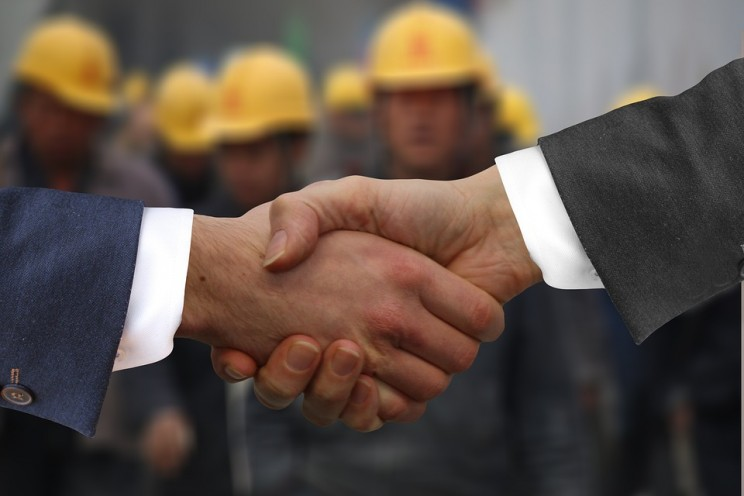 3 Ways Engineering Job Seekers Can Make Great First Impressions