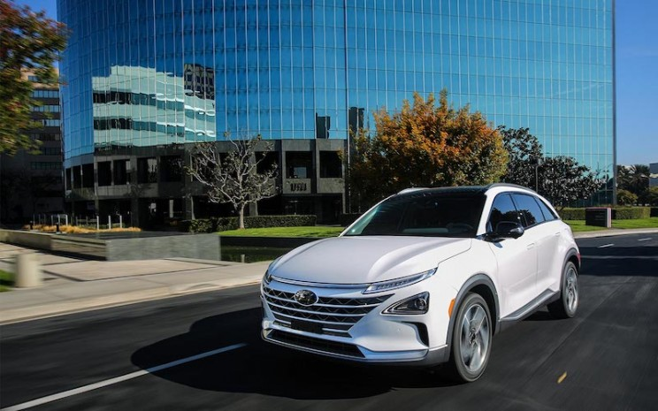 Hyundai Unveils Fuel Cell-Powered SUV with an Impressive Range of 370 Miles