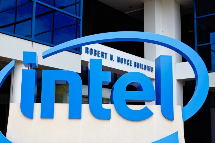 Intel Abandons Smart Glasses Project Two Months After Its Announcement