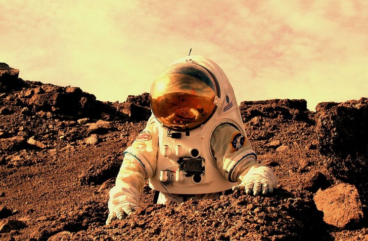 Scientists Explore Gene Therapy to Help Astronauts Get to Mars and Resist Radiation