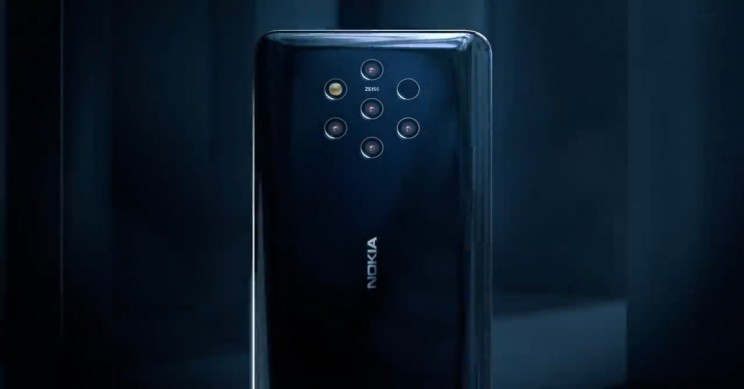 What Five Cameras on Nokia's Latest Phone Means for Smartphone Photography